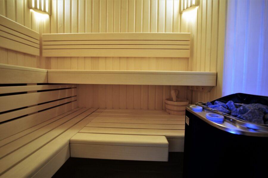 Sauna z piecem kombi